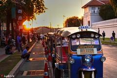 Tuk Tuk (Ld\/) Tags: bangkok thailande tuk tuktuk taxi sunset city citytrip asia thailand life street
