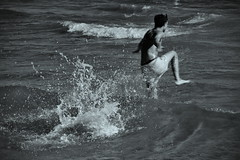 Baignade (Jacques Borruel) Tags: mer baignade vague claboussure eau plongeon courir