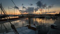 Mediterranean autumm sunset (1 of 4) (el vuelo del escorpin) Tags: fuji 1024 xe2 mar sea mediterranean mediterrneo baleares mallorca palma balearicislands spain espaa sunset atardecer puerto marina harbor harbour clouds nubes