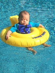 IMG-20151219-WA0000 (andyfxx) Tags: josh swimming