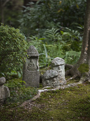 Stone Buddha  (Patrick Vierthaler) Tags: tofukuji toufukuji summer late sommer hojo houjou garden garten main japanese temple japanischer tempel buddhist buddhistischer zen           rinzai sect
