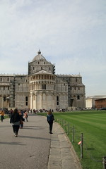 IMG_2618 (goaniwhere) Tags: italy siteseeing historical historicalsite pisa leaningtower church holiday travel vacation outdoor laspezia