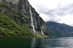 Seven Sisters, Geirangerfjorden, Norway (incommunicadoo) Tags: norwegen norway flickr wasserfall geirangerfjord sevensisters waterfall geirangerfjorden geiranger