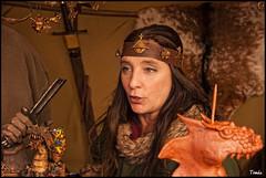 - FERIA MEDIEVAL -Medieval fair- (Tomas Mauri) Tags: medievalfair mujer suria firamedievaldesuria espada objetosmedievales woman mujerdepelolargo catalunya catalua elbages traditionalholidaysinspain