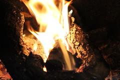 Benvenuto inverno.... (spinellivany) Tags: inverno fier autunno freddo camino red