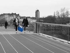 Blue shopping bag (KDraje) Tags: noiretblanc blackandwhite bridge cabas bag nantes trois three