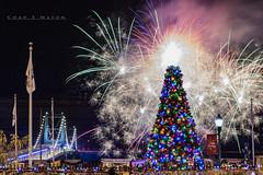 Light-up-Night in Steubenville, Ohio (Chad E Mason) Tags: christmas steubenville 2016 ohio nutcracker village fireworks mark nelson jerry barilla judy batten historic fort steuben river tree happy festive holidays pyrotecnico visit