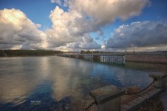 (405/16) Puente de A toxa (Pablo Arias) Tags: pabloarias photoshop nxd cielo nubes espaa arquitectura agua mar puente paisaje atoxa ograve pontevedra comunidadgallega galicia