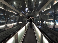 DSC08525 (laurentbrudner) Tags: architecture escalator aeroport cdg1