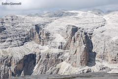 Paesaggio lunare a Sass Pordoi (Endro G.) Tags: panorama landscape nikon luna val di alto 18200 montagna paesaggio trentino dolomiti sass canazei passo adige giannelli pordoi fassa 2013 d80 lunare endro