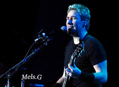 Nickelback-Buenos Aires (Mels G.) Tags: people music argentina rock canon buenosaires live events bands shows concerts fans msica recitales nickelback chadkroeger velezsarfield nickelbackinargentina velezsarfieldstadium