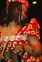 Gifty NaaDK from Ghana Etome Vocalist at the Africa Centre London March 2001 048 (photographer695) Tags: gifty from ghana africa centre mar 2001 sophie dancing naadk etome vocalist london march