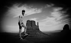 monument valley (benjamin kirsh) Tags: arizona portrait blackandwhite noiretblanc nb skate skateboard navajo monumentvalley