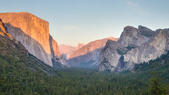 Tunnel View Sunset (languitar) Tags: california sunset usa mountains nature forest photography rocks unitedstatesofamerica places