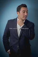 Ariel Ardit (juan pablo librera) Tags: portrait music ariel argentina digital canon disco buenosaires retrato cd yo lo tango singer hoy canto milonga orquestatipica tanguero ardit canon600d cantordetango canont3i