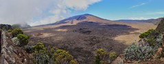 Piton de la Fournaise (Vins 64) Tags: panorama ile runion volcan iledelarunion pitondelafournaise fournaise runisland