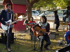 Sunny Saturday Afternoon (Mink) Tags: people music outdoors december market guitar local organic kuwait kuwaiti yousif certified bayt