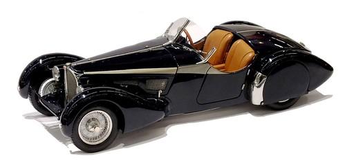CMC Bugatti 57 SC Corsica roadster