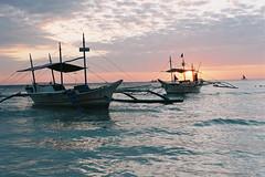 Boracay (Eason Q) Tags: white beach girl philippines boracay fridays 菲律宾 长滩岛 minoltax700,