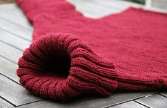 Red turtleneck wool sweater (Mytwist) Tags: winter wool fetish cozy sweater warm sweaters style collection jumper turtleneck knitted jumpers pullover handcraft handknitted wolle cabled tneck rollneck rollkragen woolfetish handgestrickt woolfreaks rollerneck