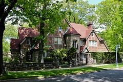 Grosvenor Atterbury House, Forest Hills (New York Big Apple Images) Tags: newyork queens foresthills foresthillsgardens