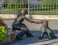 Okay give it back! | TrinDiego (TrinDiego) Tags: budapest buda pest europe european candid street city trindiego catchy colour hungary hungarian