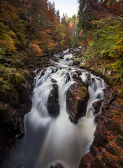 Black Linn Waterfall (Kyoshi Masamune) Tags: thehermitage dunkeld autumn water wideangle ultrawideangle kyoshimasamune scotland perthshire perthandkinross riverbraan tayforestpark braan longexposure zomei nd8 cokinfilters cokinnd8 waterfalls waterfall blacklinnwaterfall ossianshall nd1000 uk zomeind1000