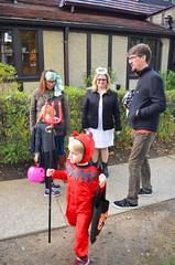 Halloween (Joe Shlabotnik) Tags: 2016 halloween sarahp sue devil october2016 costume madeleine everett bliksem afsdxvrzoomnikkor18105mmf3556ged