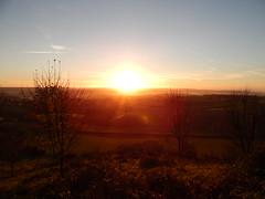 Blinding Sun in Dorset, UK (Riley Thorne) Tags: dorset sunrise outside landscape countryside