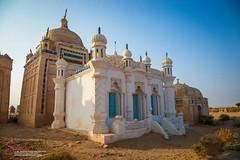 Graves of Chandio (S.M.Rafiq) Tags: kambar shahdadkot sindh pakistan gravesofchandio graves chandio smrafiq g nawabgebikhan gebidaro