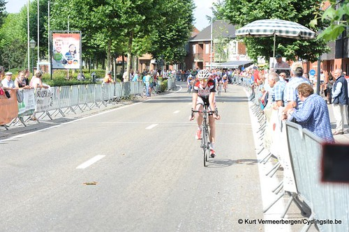 Minderhout (351)
