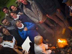 pedido (Rafael Edwards) Tags: fountain fire hungary fuente silo fuego feu hungria mensajedesilo silosmessage mikebuda mikebudapark