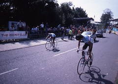 1982 World Cycling Champ042 (Tim Callaghan) Tags: cycling jones 1982 bikes flags kelly 35mmslides roads crowds goodwood lemond saroni worldroadracechampionships