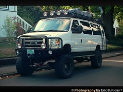 2013 Ford E-350 XLT Super Duty. And everything you need to go have fun.