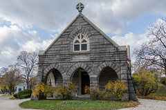 The Chapel. (DTG Photography) Tags: autumn chicago history fall cemetery illinois side north chapel graves christian mausoleum forgotten tombs rosehill