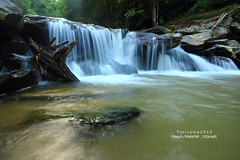 Maeplu waterfall , Uttaradit , Thailand