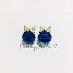 disco ball blue ประดับเพชรรูปโบว์ สอบถาม-สั่งซื้อ line: panisakiz  SHOP | https://www.facebook.com/earringaholic #earrings #earringsaholic #jewery #accessories