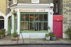 Bonnington Café - Vauxhall (Guillaume Angibert) Tags: bridge london coffee café shop restaurant rachel nikon grove south 11 east londres af southwark vr bonnington vauxhall sw8 ortas bonningtoncafe 18105mm 1td d5100