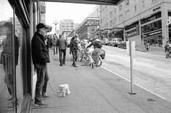 130216 Film Breakfast Club (FN400) 017 (erikpettee) Tags: seattle street blackandwhite bw washington iso400 d76 35mmfilm leicam7 fujineopan400 kodakchemistry leicasummicron35mm6elementf2