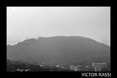 Vista do Mirante (victorrassicece 2 millions views) Tags: cidade brasil riodejaneiro canon américa natureza paisagem urbano pretoebranco panorâmica américadosul 2014 paisagemurbana 20x30 rebelxti canoneosdigitalrebelxti cidadebrasileira canonefs1855mmf3556is vistadomirante riodejaneirodoalto