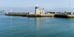 Howth Harbour Lighthouse [1817] Converted to unattended electric lighting in 1955. (infomatique) Tags: ireland howth town europe touristattraction williammurphy streetsofdublin infomatique howthjune2014infomatique