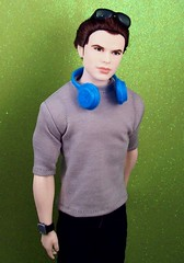 toy toys twilight doll dolls dante ken barbie headphones custom adidas basics mattel emmett fashionistas 7toys7