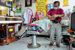 Barber giving a shave, Bo Sang, Chiang Mai. (bwaters23) Tags: thailand travel asia fujifilm xt10 chiangmai