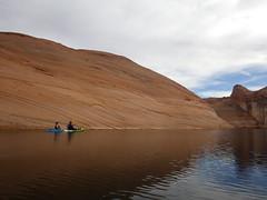 hidden-canyon-kayak-lake-powell-page-arizona-southwest-IMGP6438 (lakepowellhiddencanyonkayak) Tags: kayaking arizona kayakinglakepowell lakepowellkayak paddling hiddencanyonkayak hiddencanyon southwest slotcanyon kayak lakepowell glencanyon page utah glencanyonnationalrecreationarea watersport guidedtour kayakingtour seakayakingtour seakayakinglakepowell arizonahiking arizonakayaking utahhiking utahkayaking recreationarea nationalmonument coloradoriver labyrinthcanyon fullday fulldaykayaktour lunch padrebay motorboat supportboat awesome facecanyon amazing slot drinks snacks labyrinth joesams davepanu fulldaytrip craiglittle