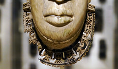 Queen Mother Pendant Mask (Iyoba)