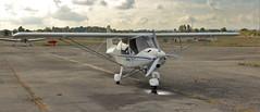 Ikarus C42C (vic_206) Tags: lasbordesairport ulm avioneta helice ikarusc42c