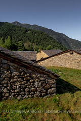 Old houses: Engolasters, Escaldes, the center, Andorra (lutzmeyer) Tags: andorra andorracity bordesdengolasters canoneos5dmarkiii europe iberia iberianpeninsula lutzmeyer pirineos pirineus pladengolasters pyrenees pyrenen agost agosto altehuser antic august bauernhaus bild borda center centre comarca estiu farmhouse foto fotografie haus historisch history iberischehalbinsel image imagen imatge lutzlutzmeyercom oldhouses photo photography picture region rutaciclista18engolastersescaldes scheune sommer sonnenaufgang sortidadelsol stadtgebiet summer sunrise verano engolasters escaldesengordany
