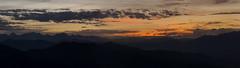 Se despide el da (Xuan Moro) Tags: paisaje landscape asturias smra campacimera cordaldeurbis panormica panorama montaa mountain crepsculo dusk xuanmoro