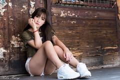 DSC_5248 (Robin Huang 35) Tags: 劉萱 iris 艋舺街拍 艋舺 萬華 華西街 華西街觀光夜市 街拍 lady girl d810 nikon