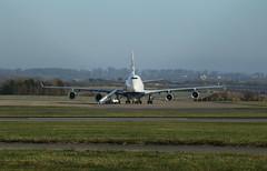 Getting ready. (aitch tee) Tags: cardiffairport aircraft britishairways boeing b747400 bamc jetliner maintenance cwlegff maesawyrcaerdydd walesuk 4engines